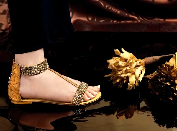 a2dfac1e2ee Stylo has launched very exclusive and stylish footwear collections in past  and it has been the most favorite and demanding shoes footwear brand in Eid  ...