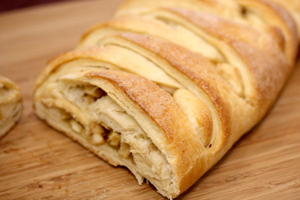 Apple Braided Bread Recipe | In The Kitchen With Honeyville