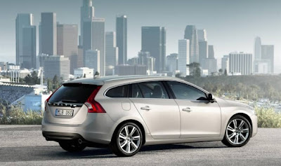 2011-Volvo-V60-Executive-Car-Detail