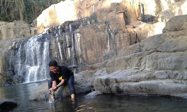 Wisata Alam Air Terjun Parangloe Gowa