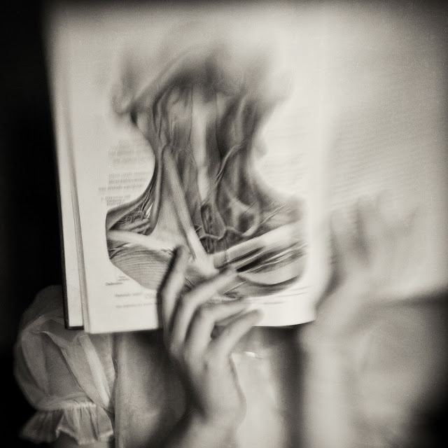 Анатомия в черно-белых фотографиях Кэролайн Хэмптон