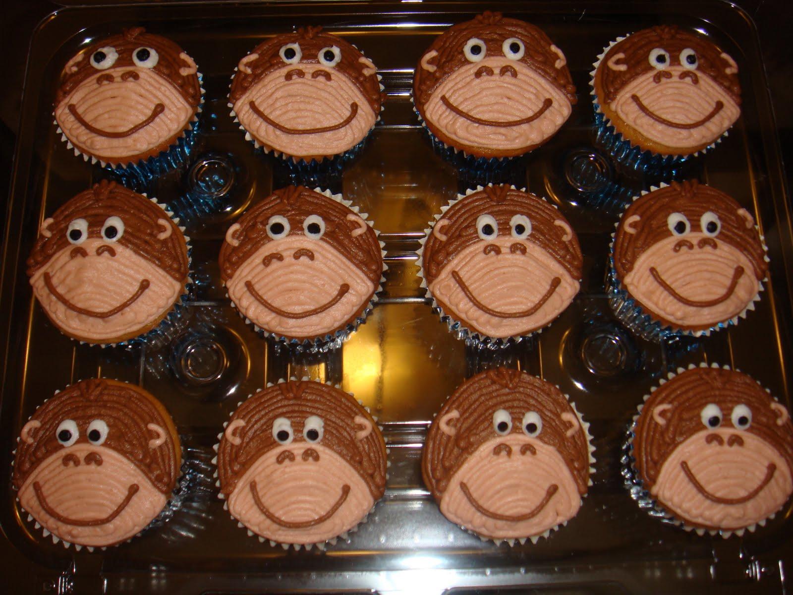 Monkey Themed Cupcake Cakes
