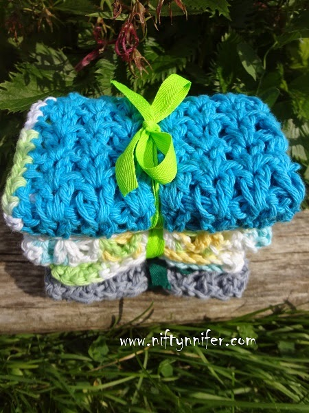 Free Crochet Pattern ~Double Easy Washcloth http://www.niftynnifer.com/2013/09/washcloth-free-crochet-pattern-by.html #Crochet