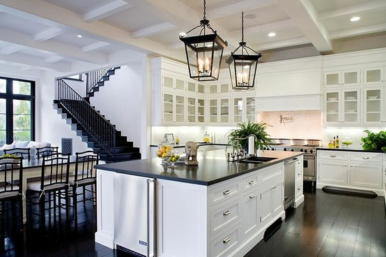 The Fat Hydrangea: Kitchen Finishes