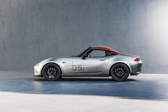 Das Mazda MX-5 Spyder und das MX-5 Speedster Konzept | Weniger Gewicht - mehr Fahrspaß ( 9 Pics )