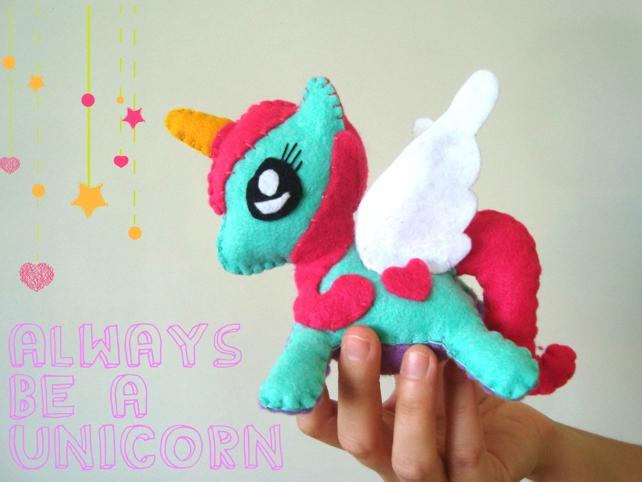 Dimipix: Unicornio de fieltro - molde gratis