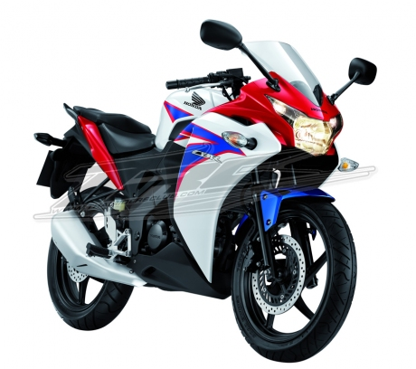 Spesifikasi New Honda CBR 150R 2.jpg