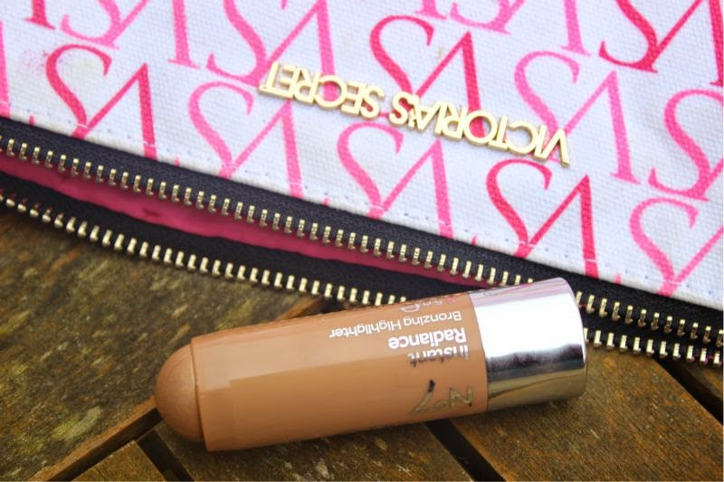 No.7 Instant Radiance Highlighters