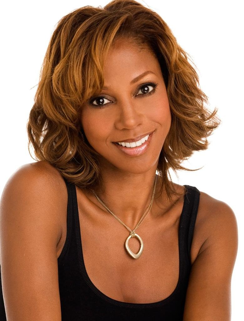 Holly-Robinson-Peete.jpg