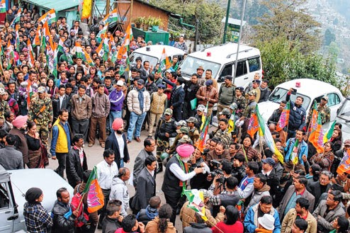 Ahluwalia (in pink turban) with supporters of the Morcha, BJP and the Lok Janshakti Party after filing his nomination in Darjeeling on Monday. Picture by Suman Tamang