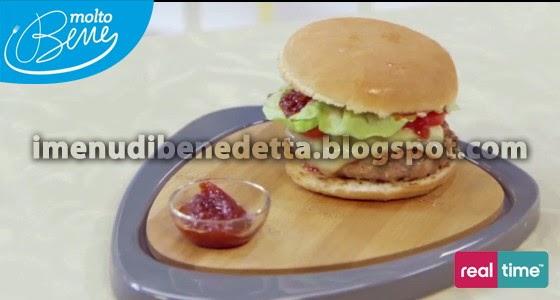 Hamburger al Bacon e salsa BBQ di Benedetta Parodi