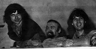 Gilbert Artman y los otros integrantes del grupo experimental francés Lard Free
