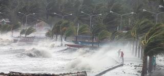 Topan Haiyan Hancurkan Filipina