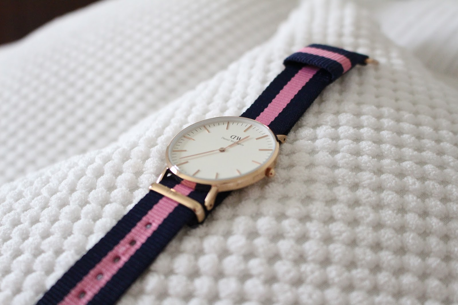 les montres daniel wellington mon avis les id es soaddict. Black Bedroom Furniture Sets. Home Design Ideas