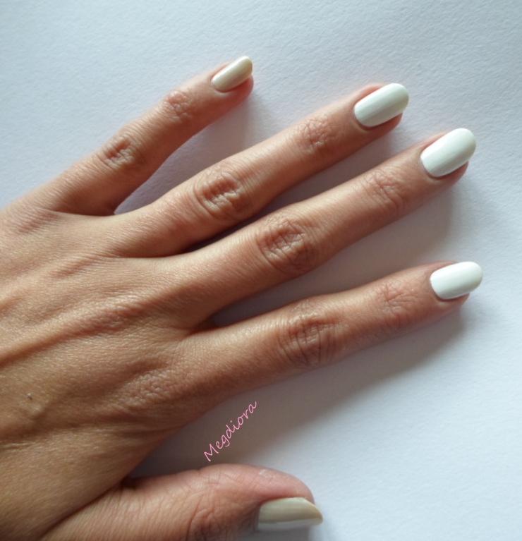 Nail Art / Rose effet vitrail en aquarelle / Repro Tartofraises ♥♥♥