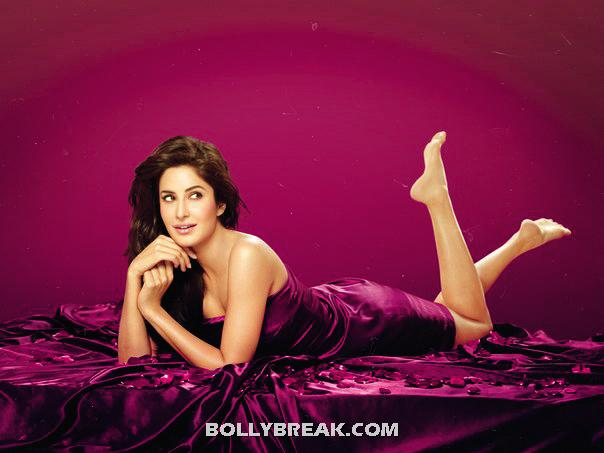 Katrina kaif Hot wrapped in red bedsheet sleeping on Bed - Katrina kaif Hot Red Bedsheet Wallpaper