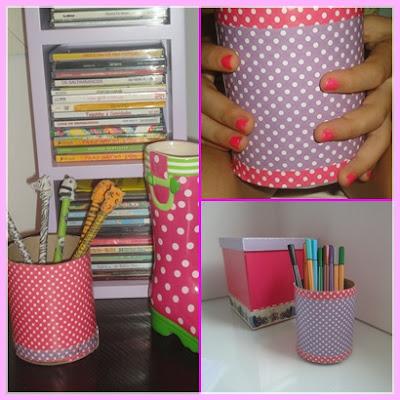 Porta-lápis feito de rolo de papel higiêncio