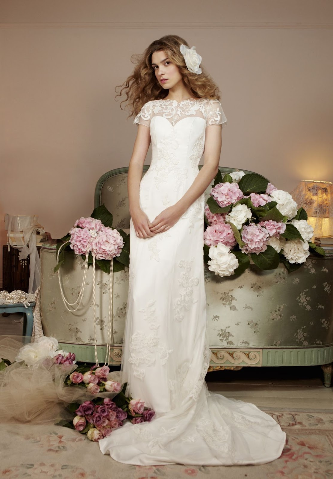 Alternative Bridal Gowns: Vintage wedding dress introduction