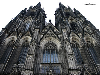 origins and characteristics of medieval universities Medieval cathedrals dominated the skyline of medieval england cathedrals were far larger than castles – symbolic of their huge importance to medieval society where religion dominated the lives of all – be they rich or peasants.
