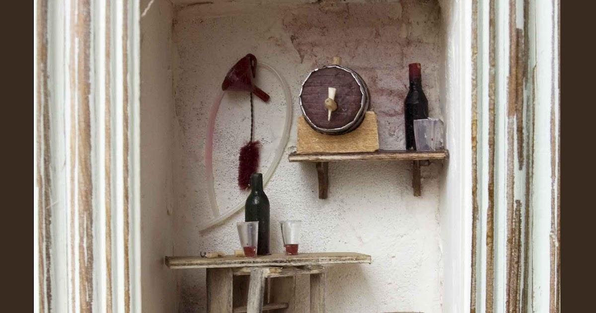 les vitrines deminimanie go tons voir si le vin est bon. Black Bedroom Furniture Sets. Home Design Ideas