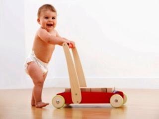 Ekspresi Bayi Lucu dan Menggemaskan