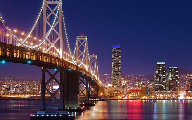 El Puente Golden Gate en la Noche Ciudad de San Francisco California