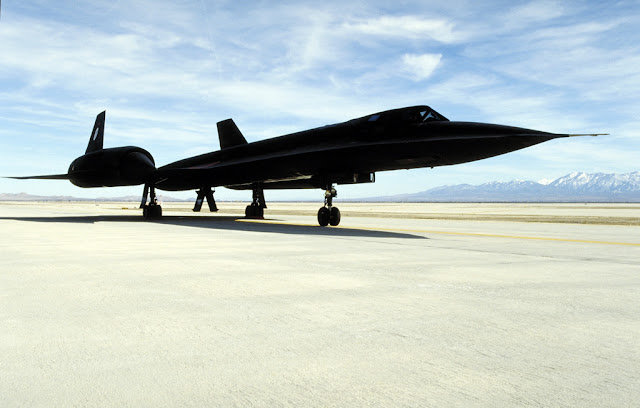World Fastest Plane - Lockheed SR-71 Blackbird