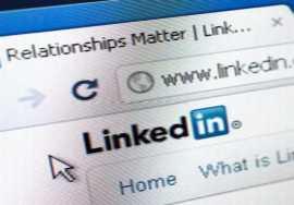LinkedIn investiga posible filtración de 6,4 millones de contraseñas.