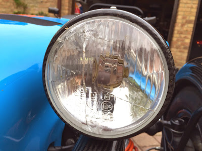 My first 'blat'tle scar - cracked headlight glass