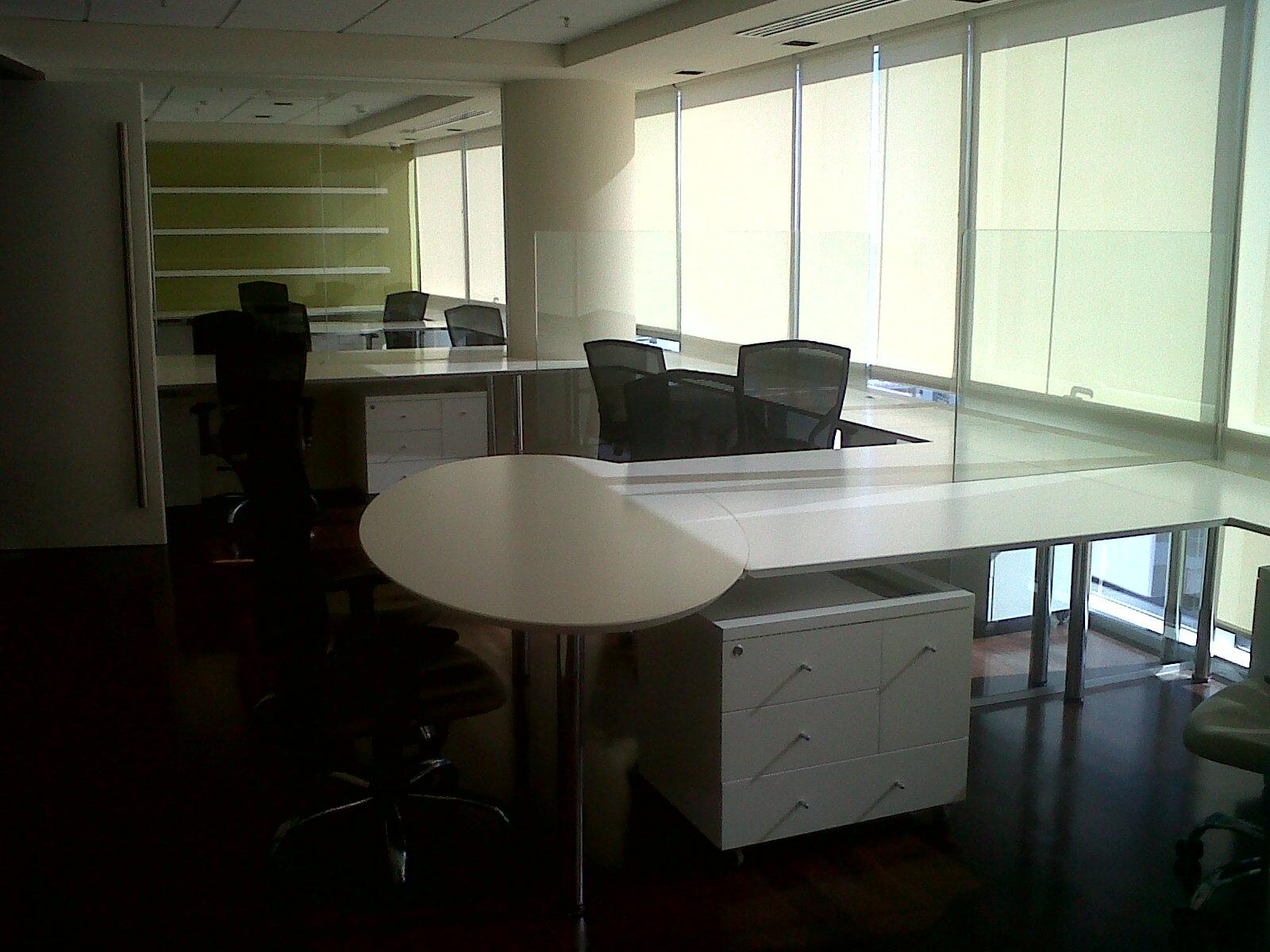 El tayer srl todo para la obra y la reforma oficinas for Muebles capitol