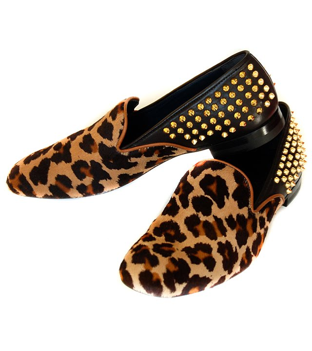 Shop leopard print shoes at Neiman Marcus, where you will find free shipping on the latest in fashion from top designers. Skip To Main Content. Gianvito Rossi Marcello Men's Leopard-Print Calf Hair Loafer, Leopard Details Gianvito Rossi loafer in leopard-print dyed calf hair (France). Leather piping at apron toe and topline. Notched vamp.