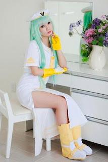 Koyuki cosplay as Alice from AIRA
