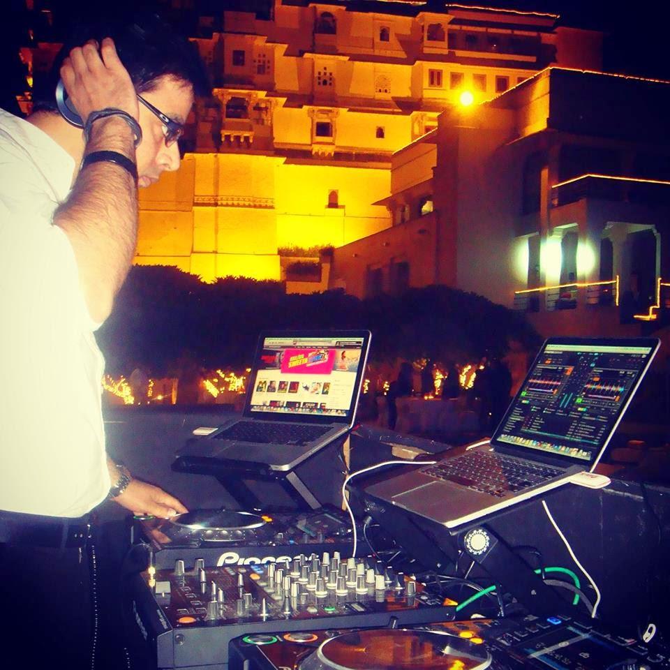 DJ VYK