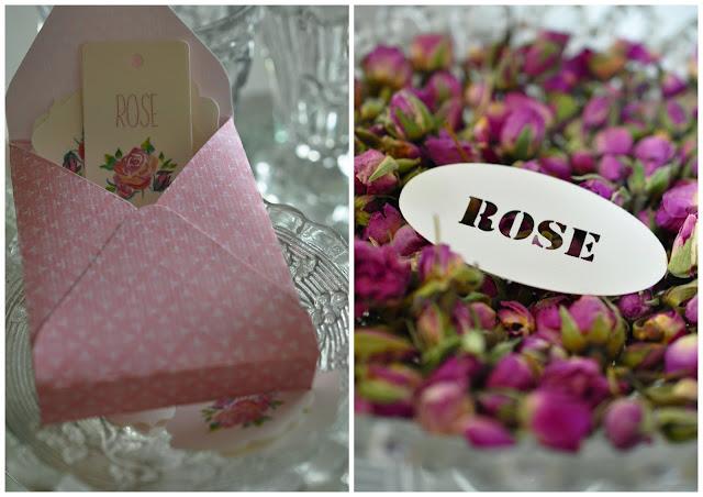 papéterie rose,etiquettes avec des roses