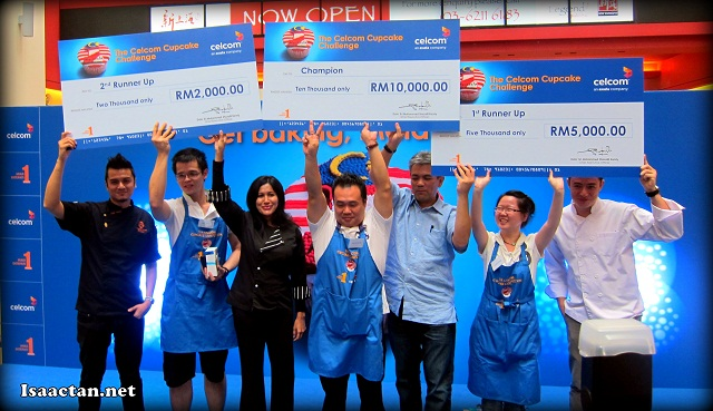 One for the album, winners, judges and Celcom folks