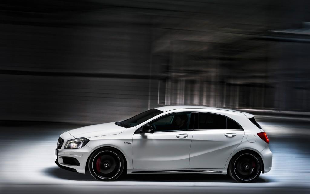 Mercedes benz a45 amg for Mercedes benz amg a45
