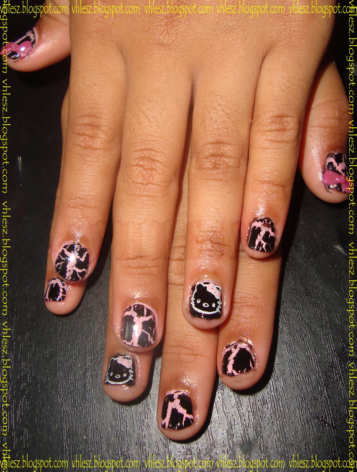 Minnie mouse nail art design