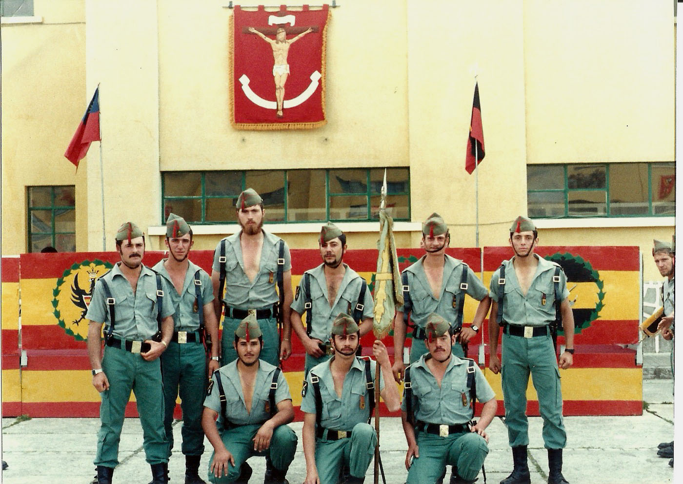 Cuarta Bandera De La Legion | Recuerdos Legionarios Album Fotos