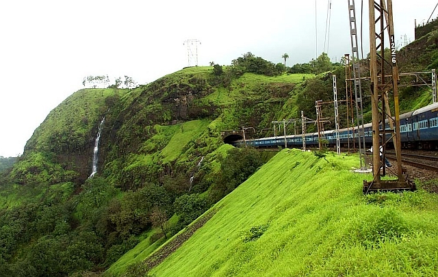 25 Most Scenic Train Routes In India Arnab Maity The Wireless Wanderer