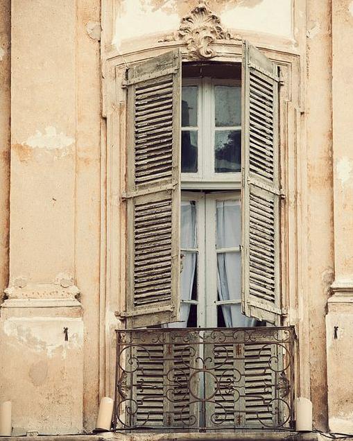 Romantic and Beautiful Balcony 6