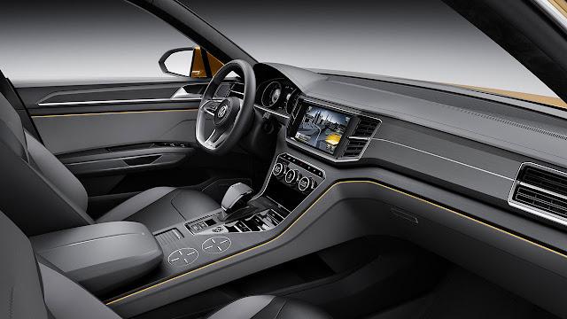 Volkswagen CrossBlue Coupé SUV Concept interior