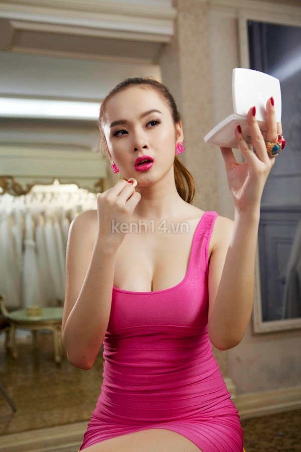 Angela Phuong Trinh - Lovely with dress pink
