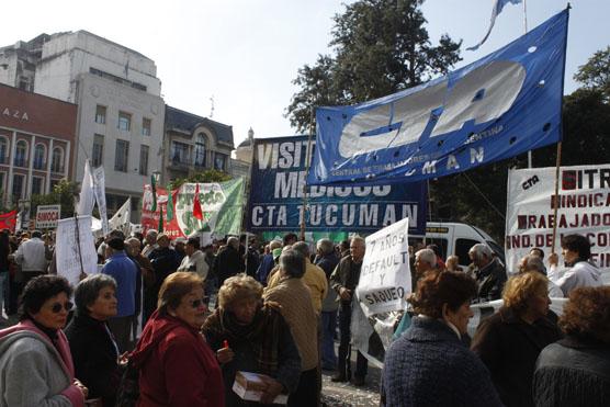 La CTA Tucumán tambien marchó para mostrar la realidad
