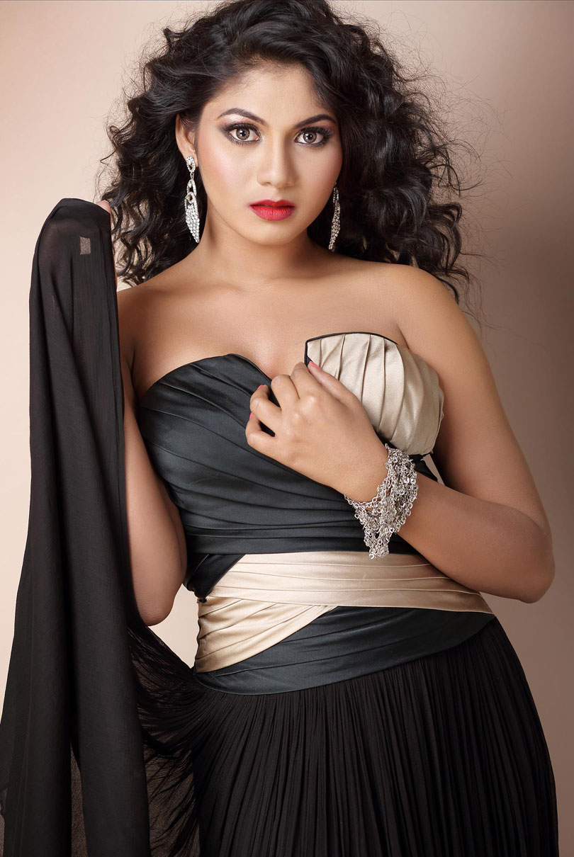 Sruthi Reddy Hot Photoshoot