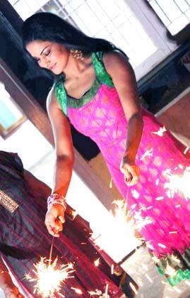 Veena+Diwali+(3)