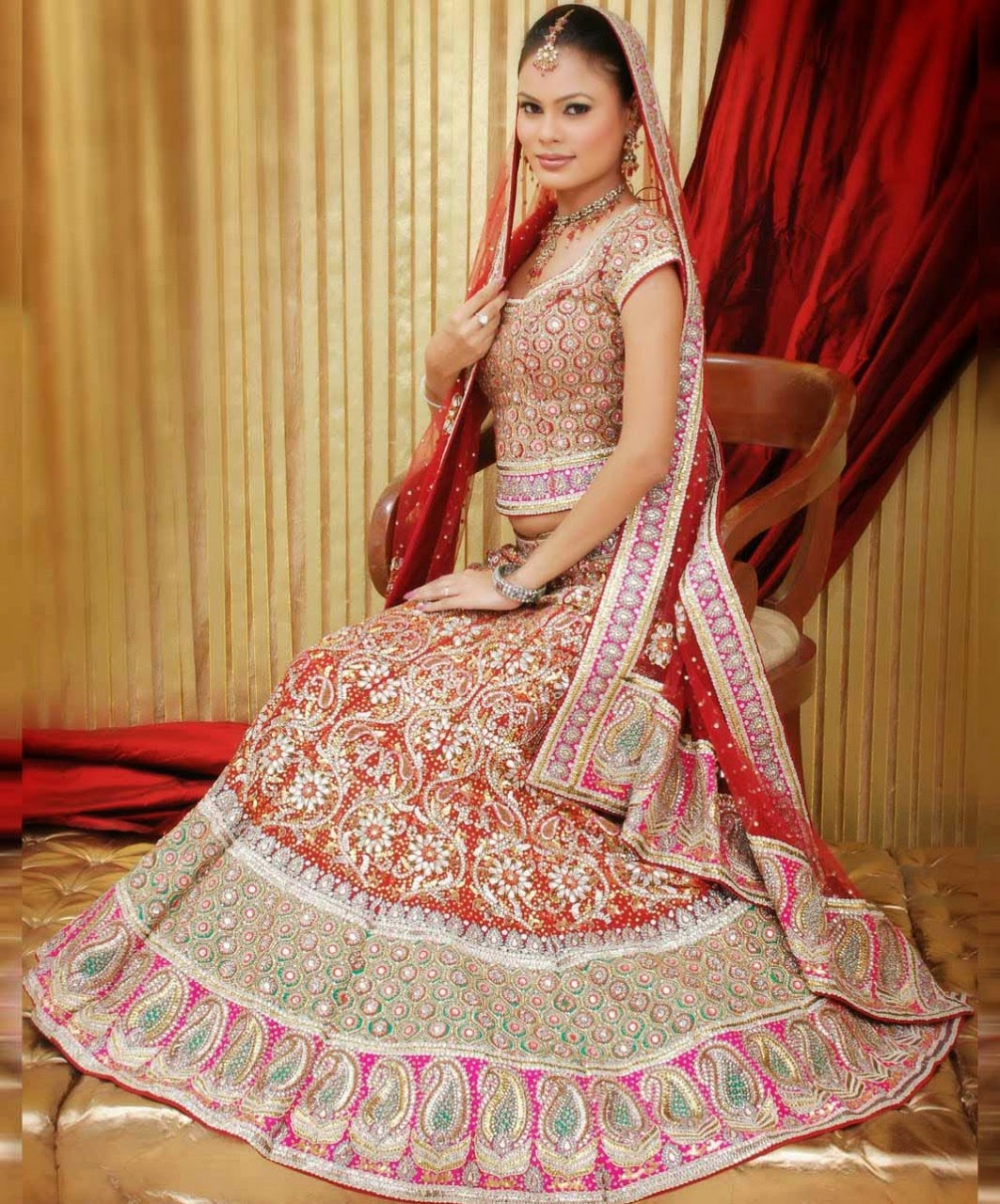 FURQAN LATEST DRESSES FOR WEDDING : Traditional Indian Bridal ...
