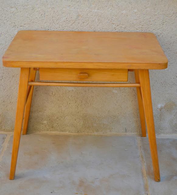 la petite verri re la r novation du petit bureau baumann et de sa chaise tuto. Black Bedroom Furniture Sets. Home Design Ideas