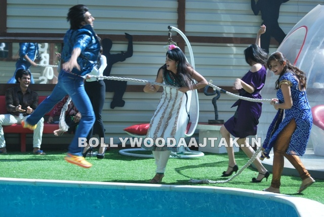 1 - Ladies Vs. Ricky Bahl on the sets of Bigg Boss