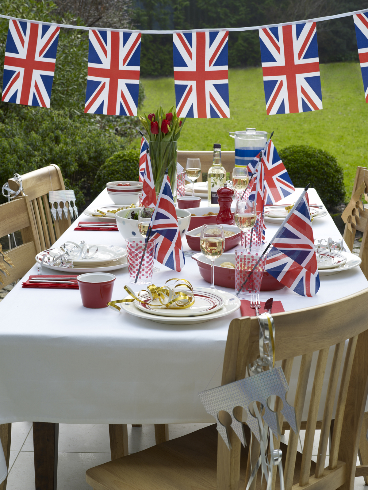 http://3.bp.blogspot.com/-1gFZrcTQUlw/TbnaghDSJ6I/AAAAAAAAAHo/TbDnH3XwMbw/s1600/British_Trend.jpg