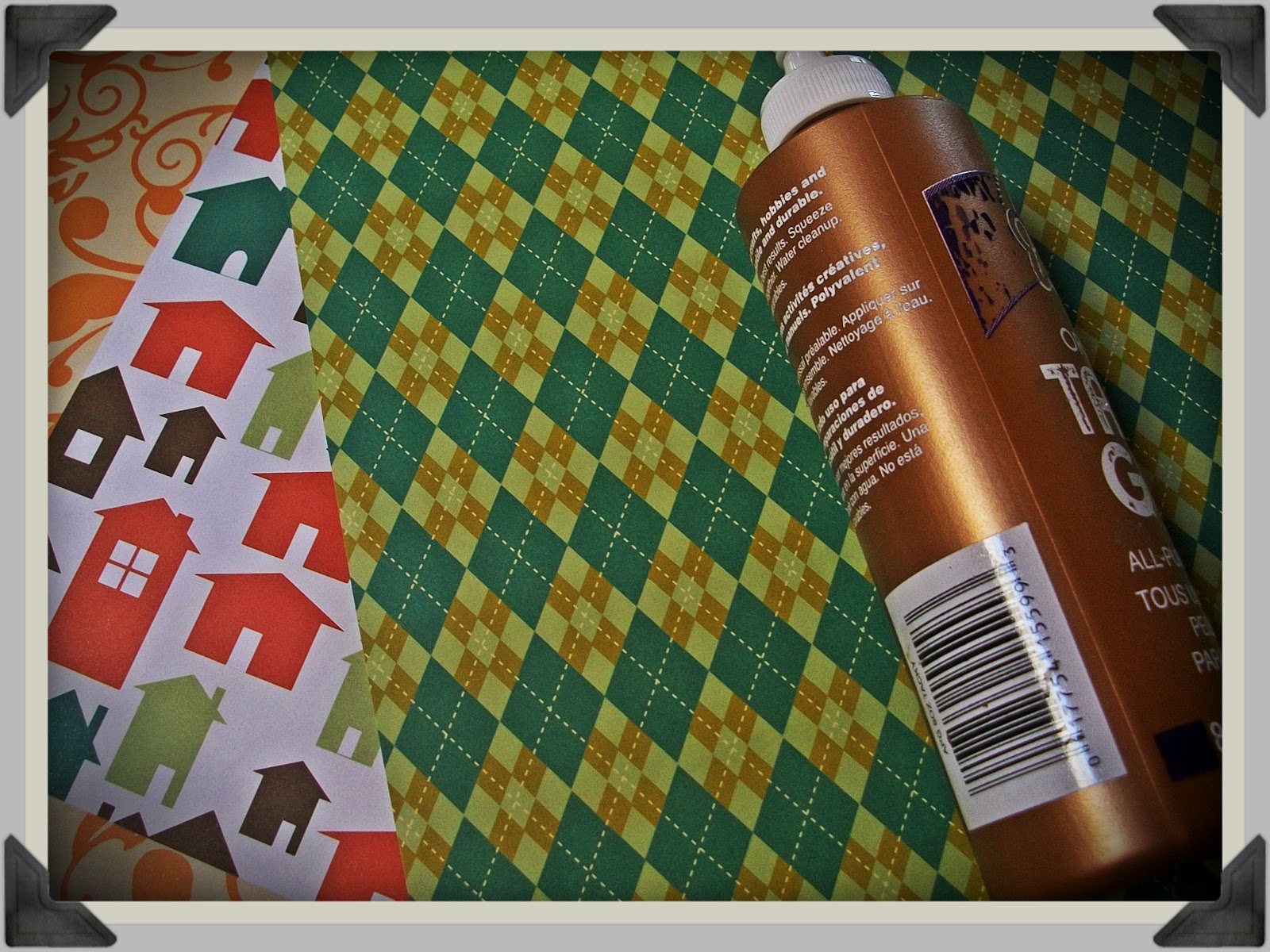 Scrapbook paper envelope - Literally All You Need Is Some Glue And Square Paper That S Why Scrapbooking Paper Works Do Well It S Already Square So You Don T Have To Cut It